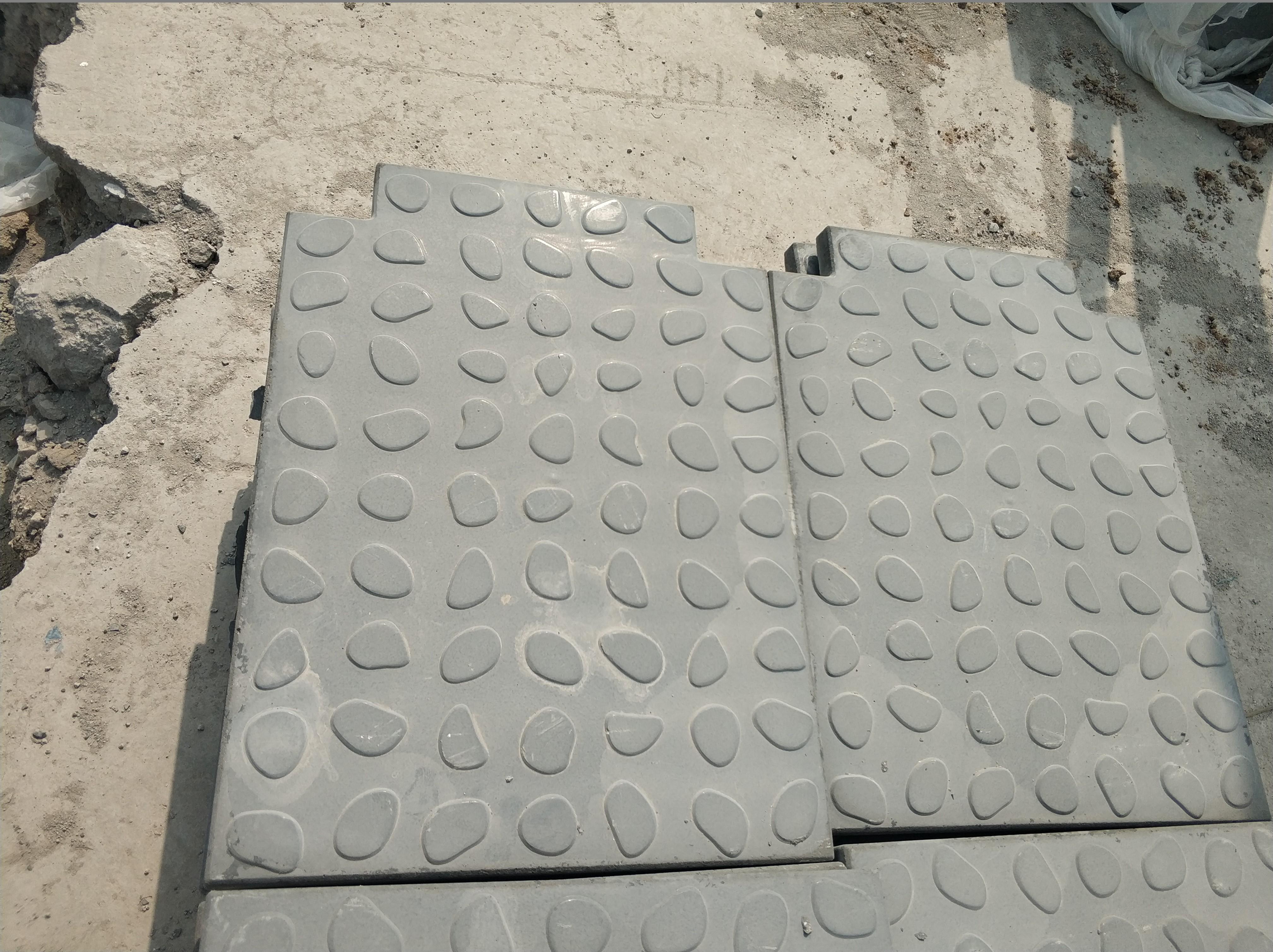 钢格板电缆沟盖板的维护