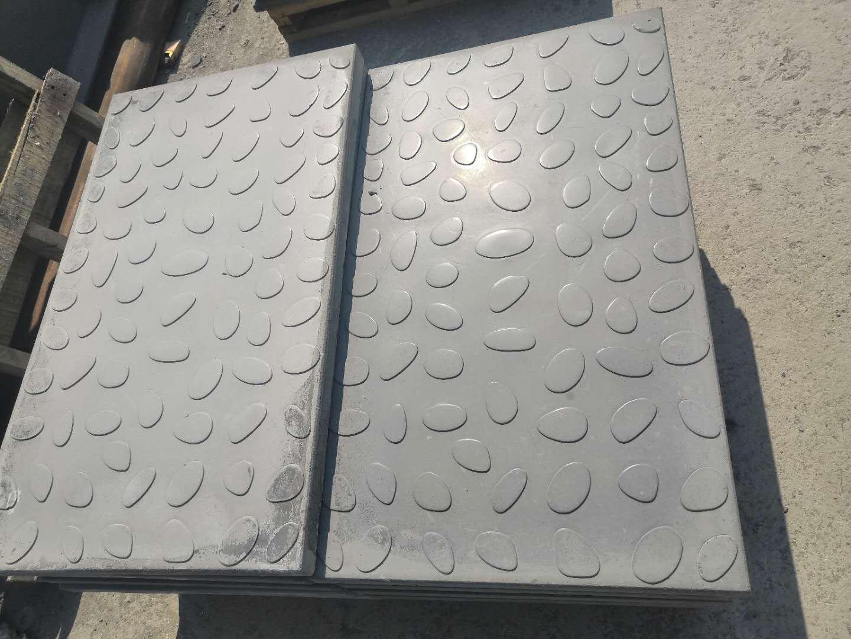 高分子复合盖板安全质量特点