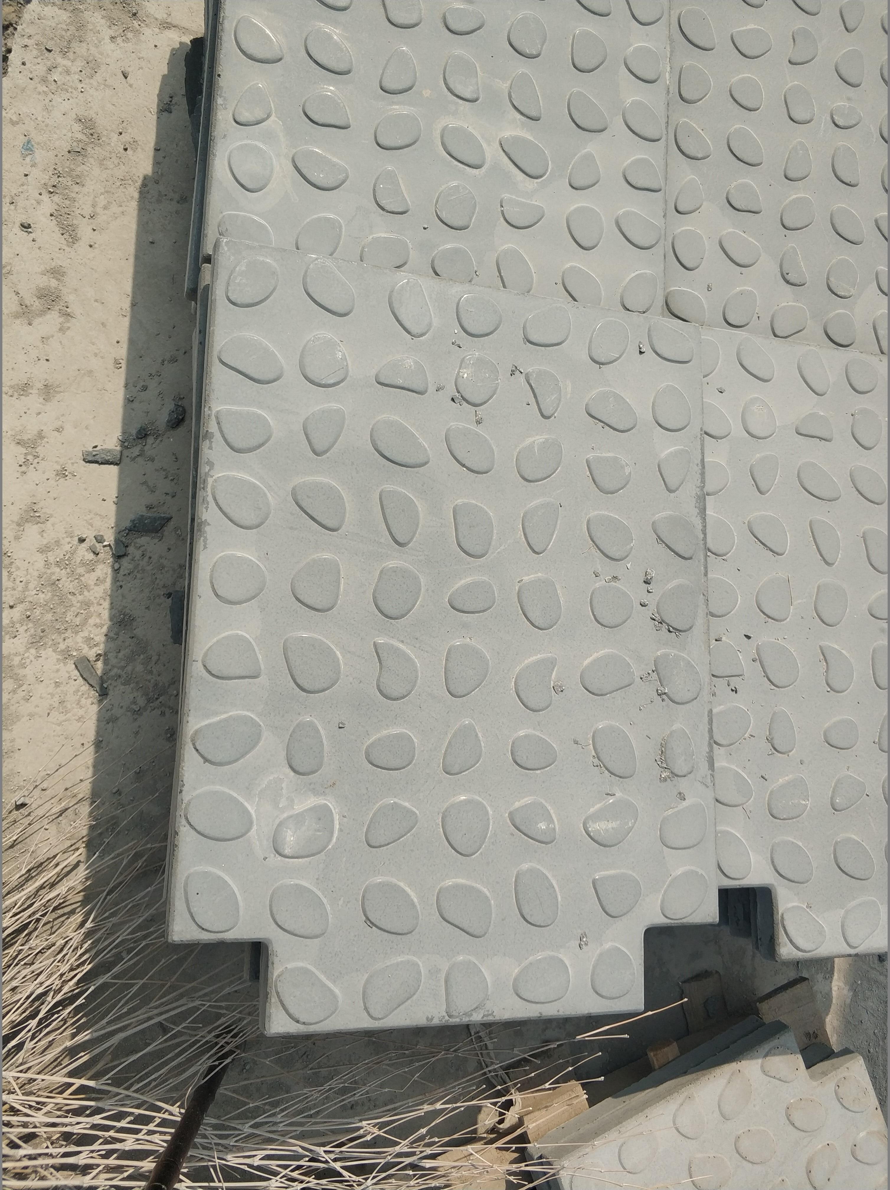 RPC活性粉末混凝土盖板的生产线