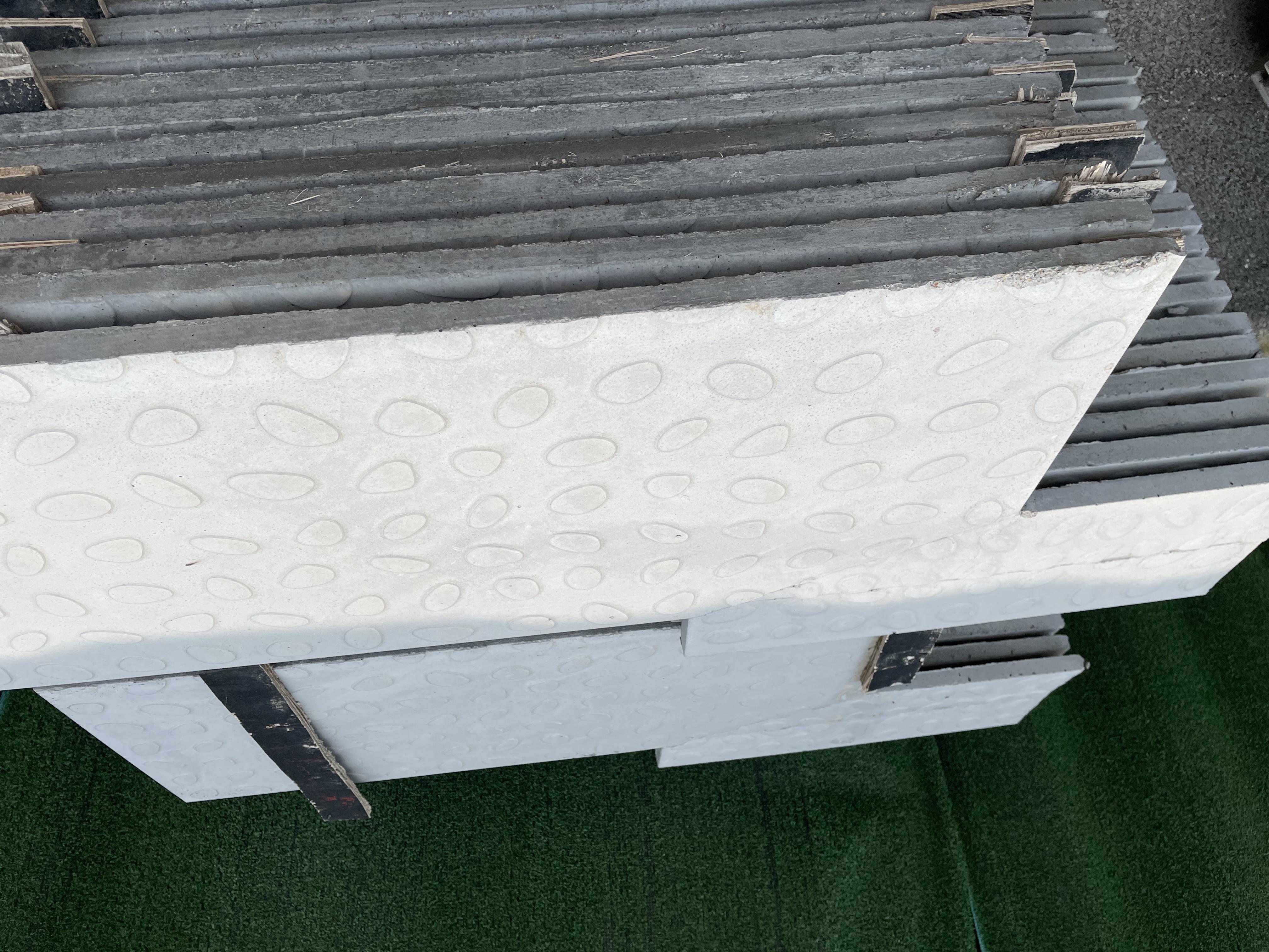 电缆沟盖板的生产保存